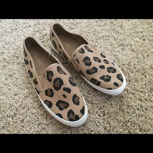 Old Navy Leopard Canvas Slip On Shoes Size 6.5